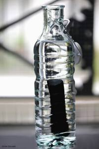 Binchotan et bouteille